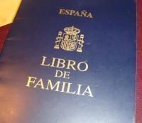 """Dispare """"Cartea de familie"""": Registrul Civil spaniol ajunge pe internet"""