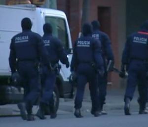 52 de romani arestati la Barcelona pentru trafic de cupru