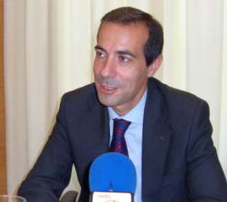 Madrid: Ministrul regional Salvador Victoria in mijlocul romanilor la slujba de duminica