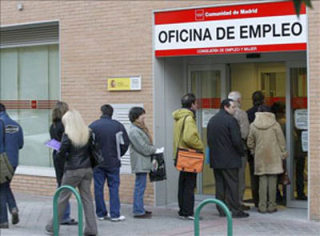 """Spania începe anul """"recuperării"""" cu o nouă creştere a şomajului"""