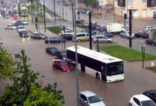 7 persoane au fost ucise de inundatii in sudul Spaniei