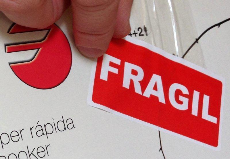 Cum se împachetează obiectele fragile – câteva reguli de aur