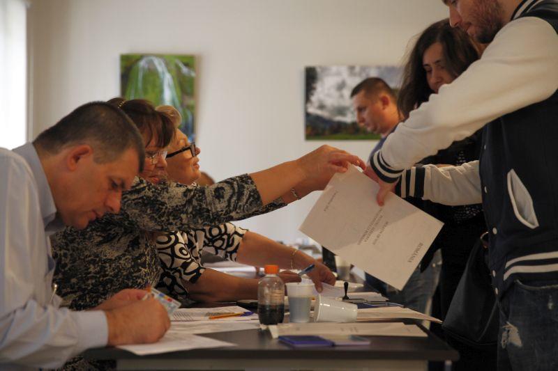 Actele cu care poți să votezi la alegerile din 11 decembrie