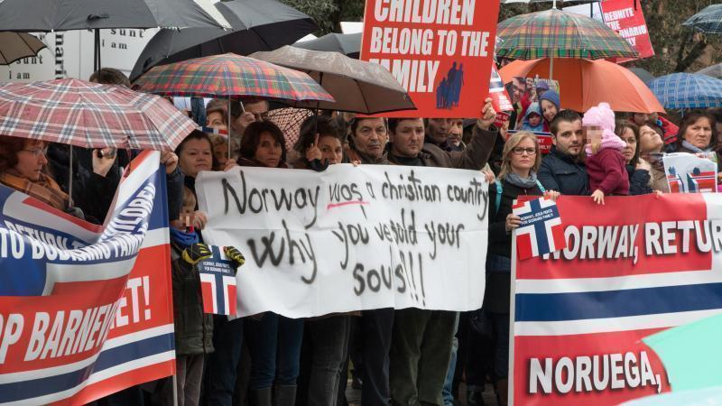 Cazul Bodnariu adună românii la Madrid la Ambasada Norvegiei