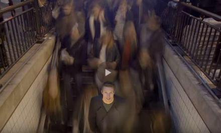 Cum să scapi cu viață dintr-o mulțime cuprinsă de panică
