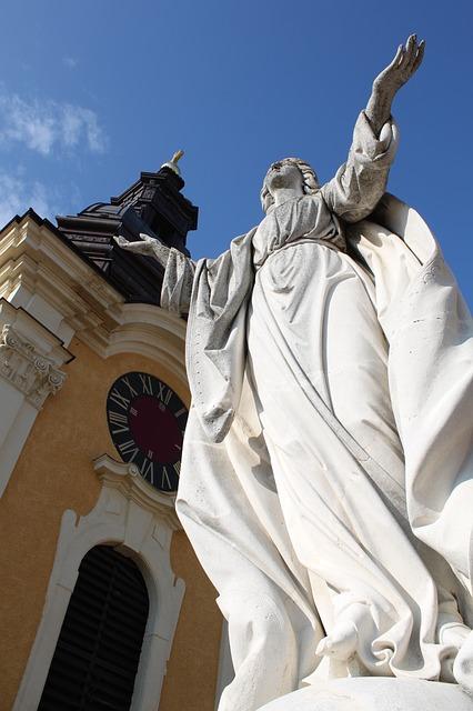 Estátua naBasílica de San Giovanni in Laterano