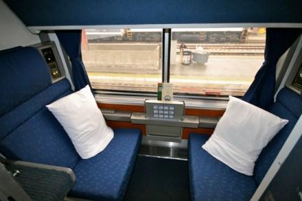 Amtrak Superliner Roomette (Credit: Trainweb.org)