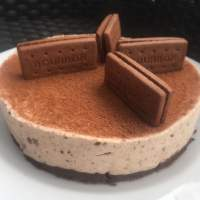 No Bake Bourbon Creams Cheesecake