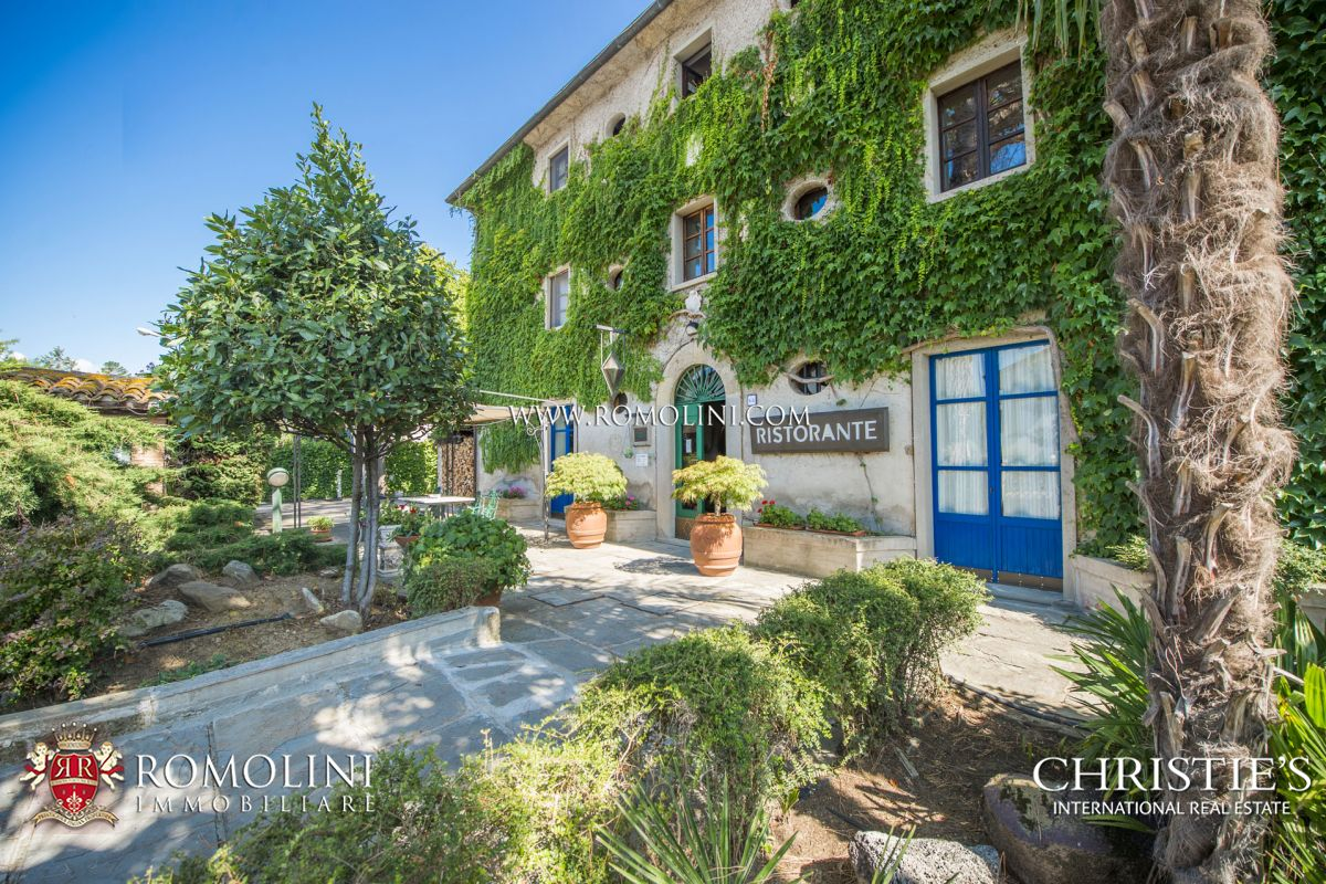 Hotel With Restaurant Pizzeria For Sale Tuscany Italy