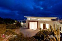 Tuscany - Waterfront Luxury 3 Bedroom Villa In