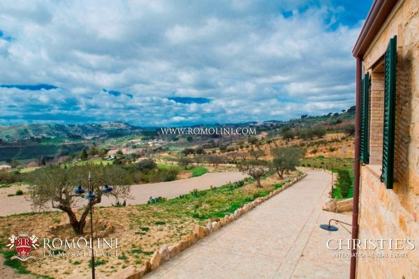 Sicily COUNTRY HOUSE FOR SALE IN SICILY PIAZZA ARMERINA