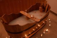 Photo of Illóolajok a gyógyító-  fürdővízhez