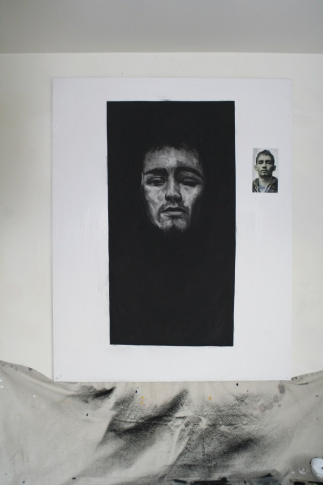 Darren head - The head of Darren emerges as Ronan Goti rubs the compressed charcoal from the paper to reveal him