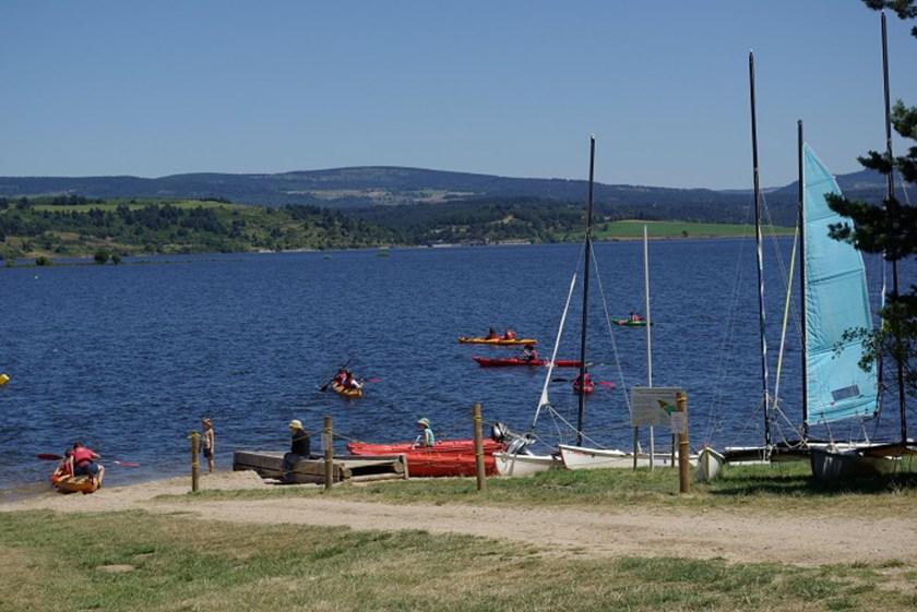 Base nautique du Lac de Naussac