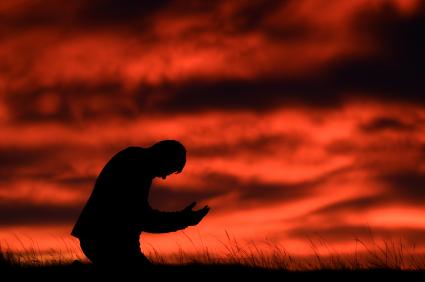 https://i0.wp.com/www.ronedmondson.com/wp-content/uploads/2011/03/man-kneeling-in-prayer1.jpg