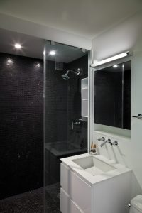 studio bathroom black and white