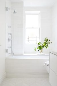 77th_Guest_Bath_004