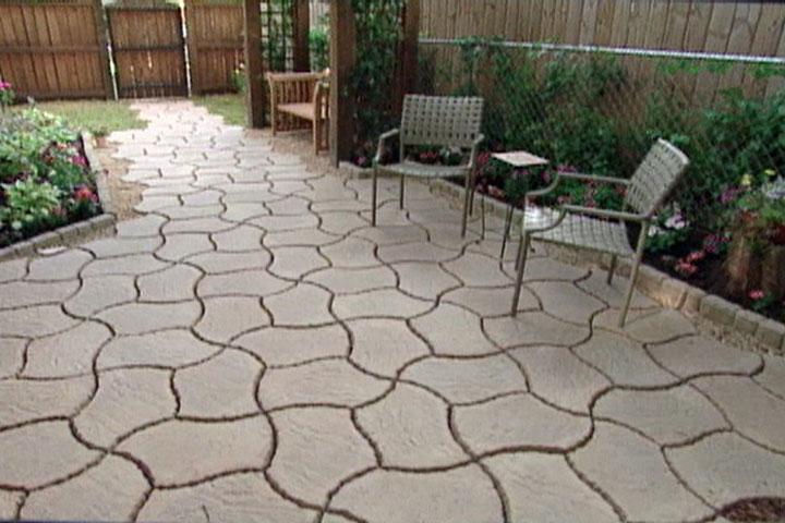 How to Make a Patio from Concrete Pavers  Ron Hazelton