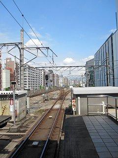 横浜方向を見る