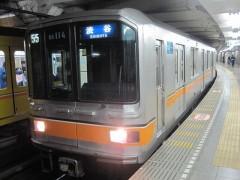 少しずつ数を減らす銀座線01系(写真は上野駅で)