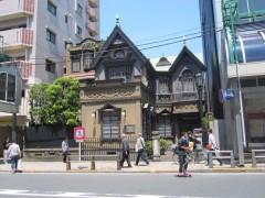こちらも歴史を感じさせる建物