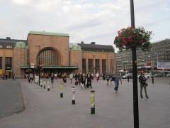 ヘルシンキ中央駅到着