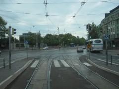 交差点では線路も交差