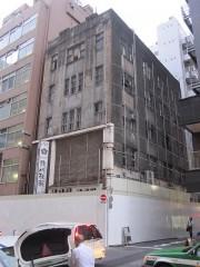 解体寸前の堤第一ビルディング(2014年7月)