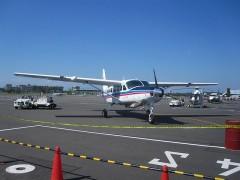 小型ながら飛行機を間近に見られる