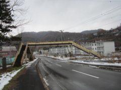 誰も使わなくなった歩道橋