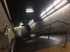 けっこう急な階段