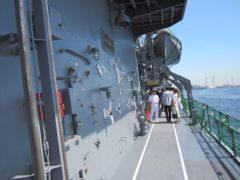 甲板を一周…