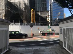 ホテルオークラの建替工事の真っ最中…