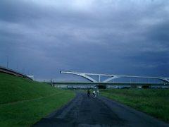 途切れている橋