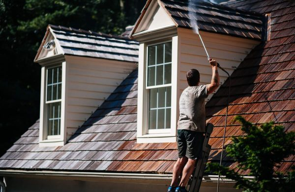 Cedar wood roofing cleaning and maintenance
