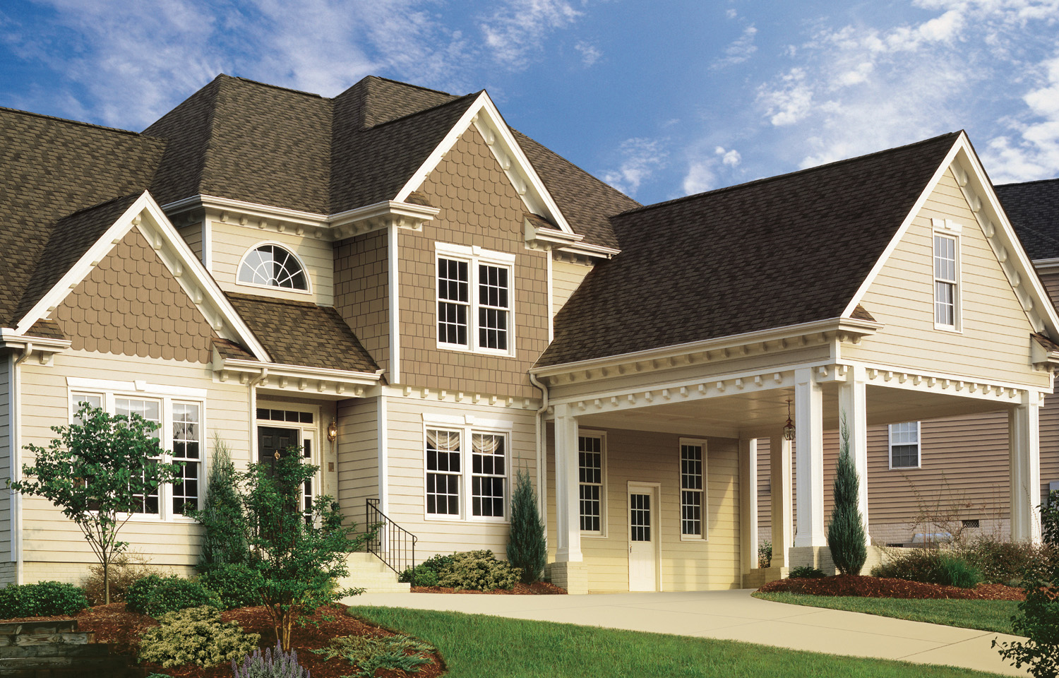 calculate vinyl siding cost