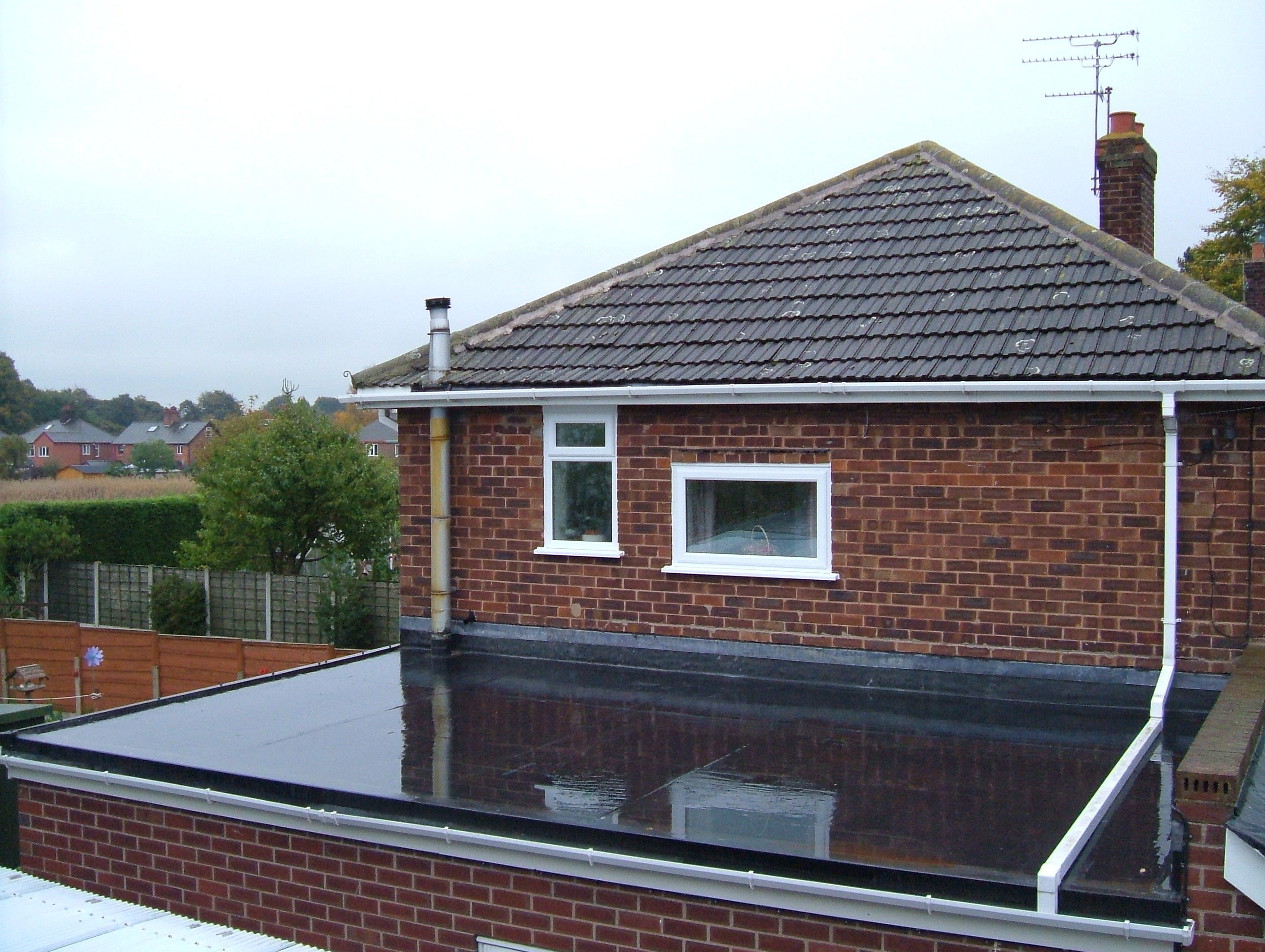 epdm rubber roofing cost vs pvc and tpo 2018 - Rubberised Roof Membrane