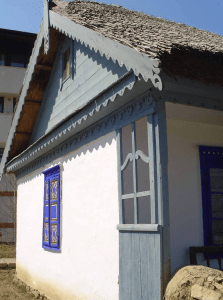 Photo 11. A house in Jurilovca, Dobrogea county, with a thatch roof. Village Museum, Bucharest. Photo: Ana-Maria Dabija.