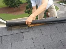 When to replace roof shingles | Guide to replacing roof ...