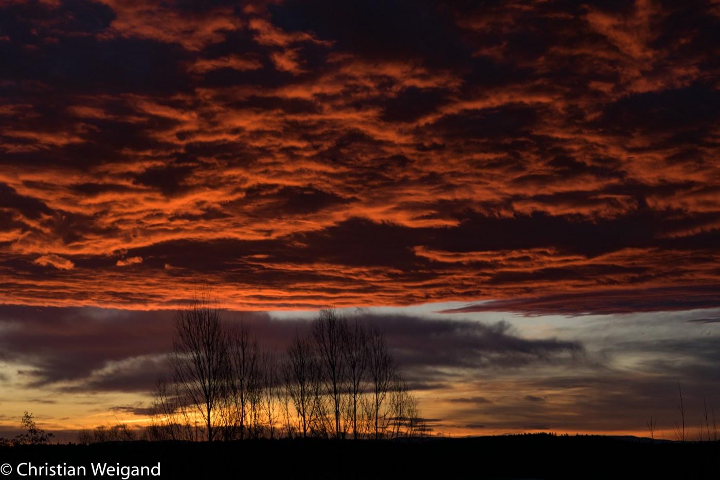 Tannheim-WS: Wolkenhimmel vor Sonnenaufgang