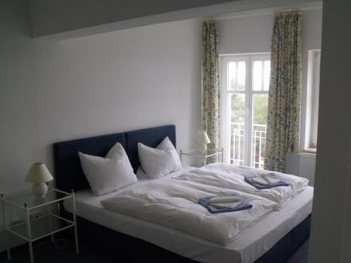 Schlafzimmer 1neu