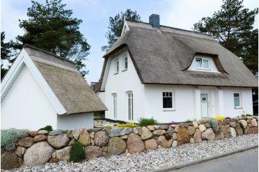 Haus und Gartenhaus