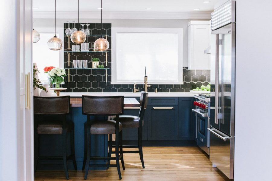 Fantastic How To Style Blue Kitchen Cabinets Roomhints Com Home Remodeling Inspirations Genioncuboardxyz