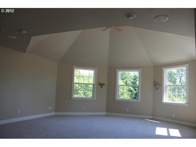 Staging Makes a Large Portland Home more Appealing to Buyers