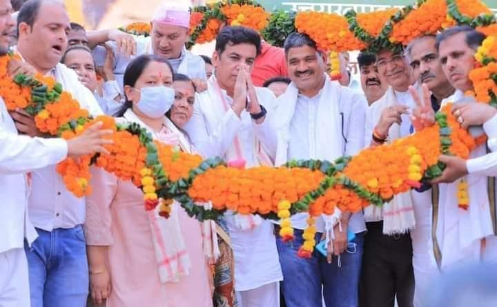 प्रदेश में जनता बदलाव के लिए तैयार, भारी बहुमत के साथ कांग्रेस बनाएगी सरकार : वीरेन्द्र रावत