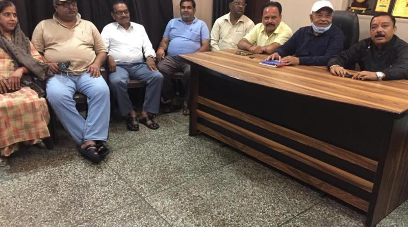 पंडित मदन मोहन मालवीय जी की जयंती को लेकर जनपदीय ब्राह्मण सभा द्वारा आयोजित की गई बैठक, कहां इस बार हर्षोल्लास से मनाई जाएगी जयंती