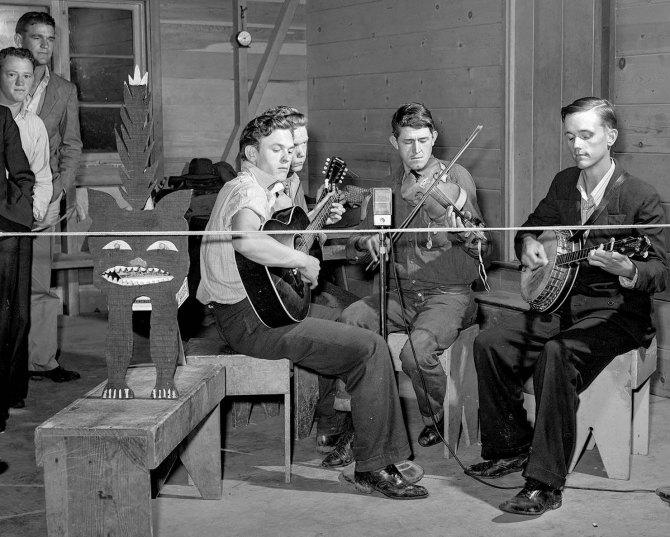 Band playing at Saturday night dance.Tulare migrant camp. Visalia, California. 1940.