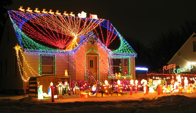 Why You May Need to Install New Circuits for Christmas