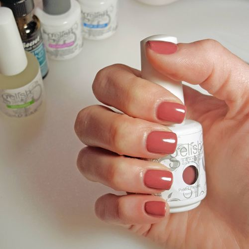 Do It Yourself Gelish Manicure
