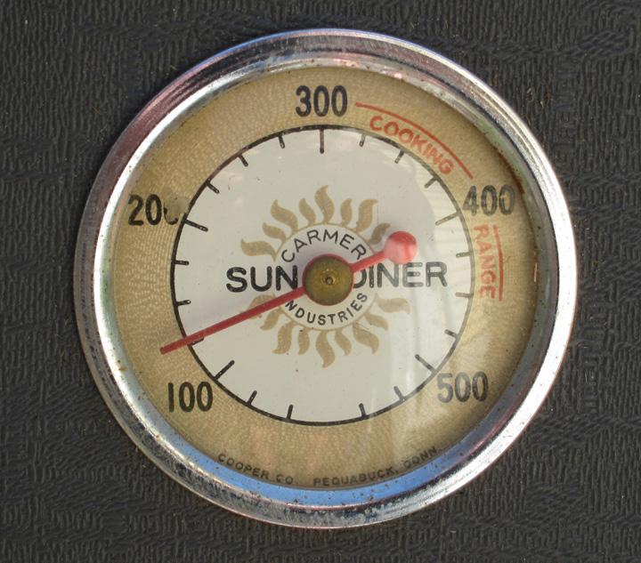 Sundiner solar cooker built in thermometer